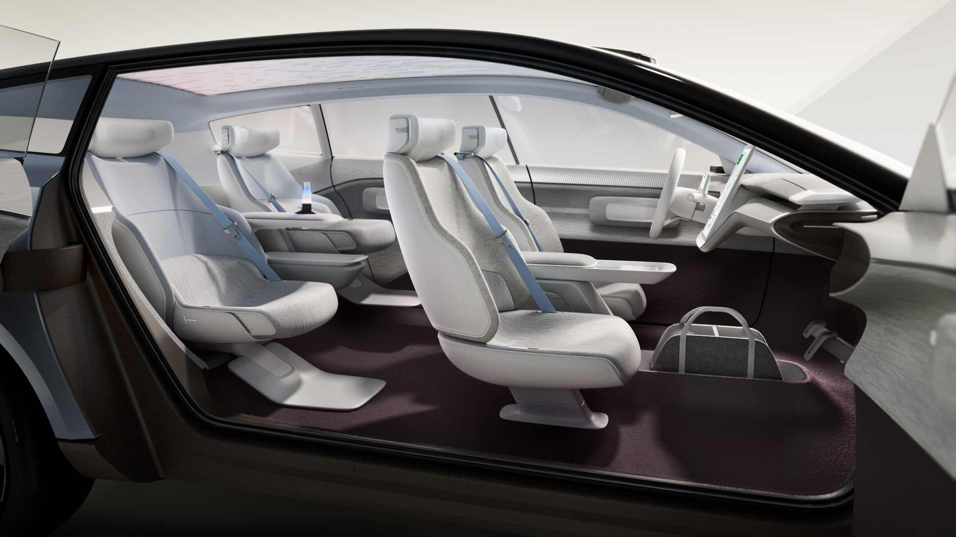 Long wheelbase and flat floor mean there's plenty of space inside the Concept Recharge. Image: Volvo