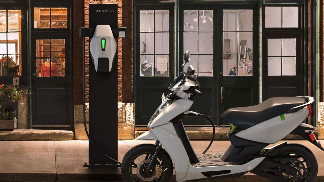 Those who set up a commercial public EV charging station will be eligible for a 25 percent capital subsidy of up to Rs 10 lakh. Image: Ather Energy