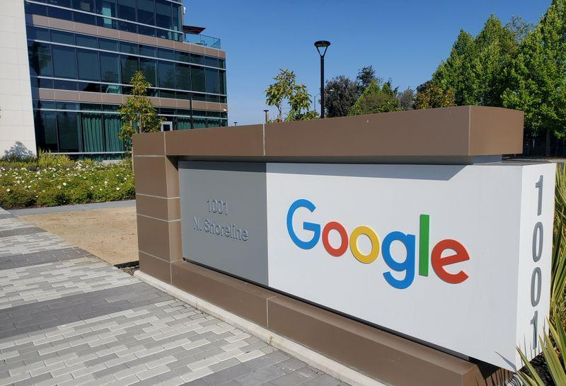 Google to invest  billion in U.S. offices, data centers this year