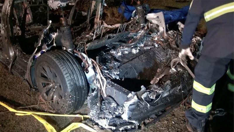 U.S. safety board probing deadly Tesla crash, fire