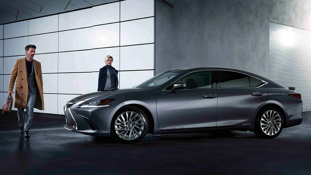 Lexus launches new ES 300h hybrid sedan in India, priced at Rs 59.13 lakh