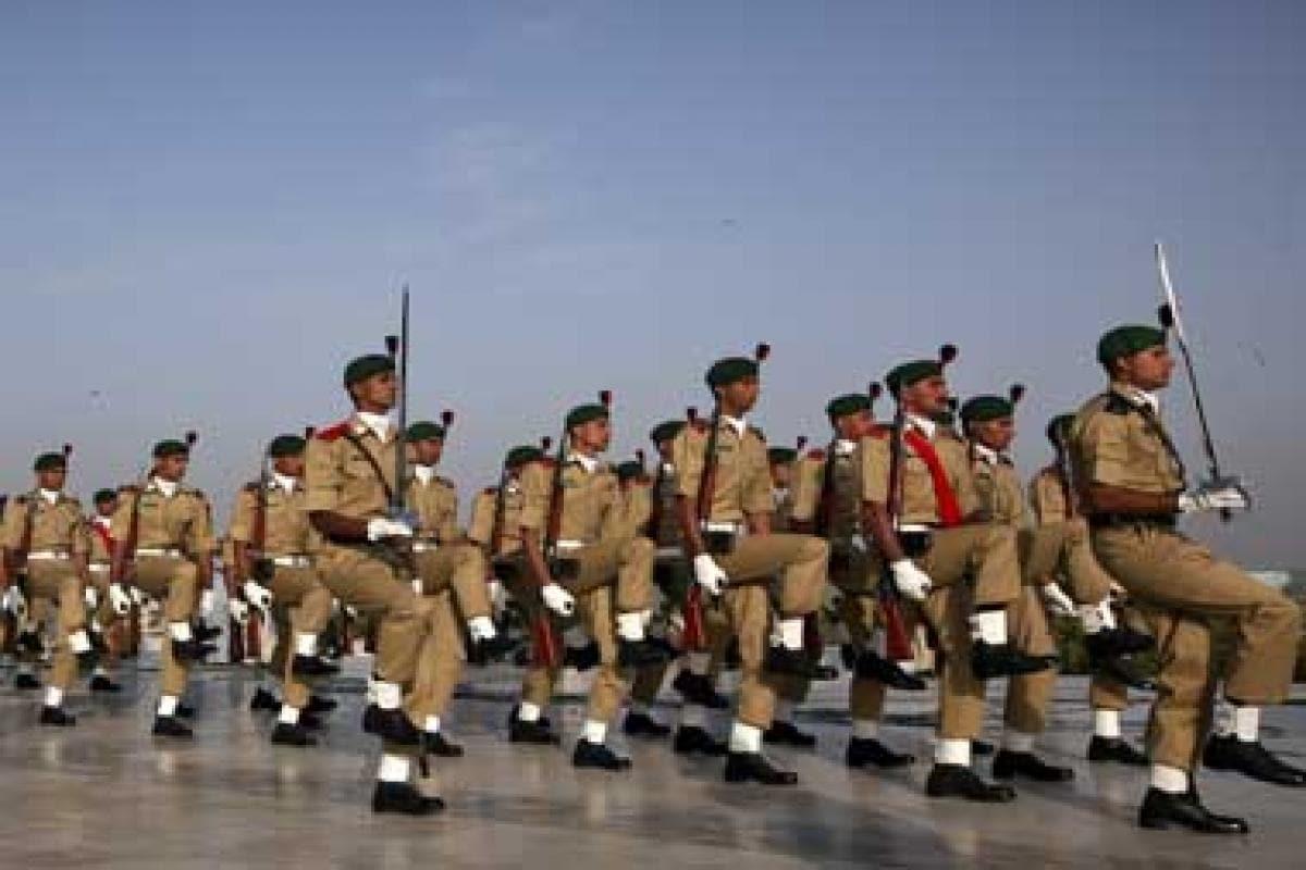 More bombers than baniyas: why Army dominates in Pak - Firstpost