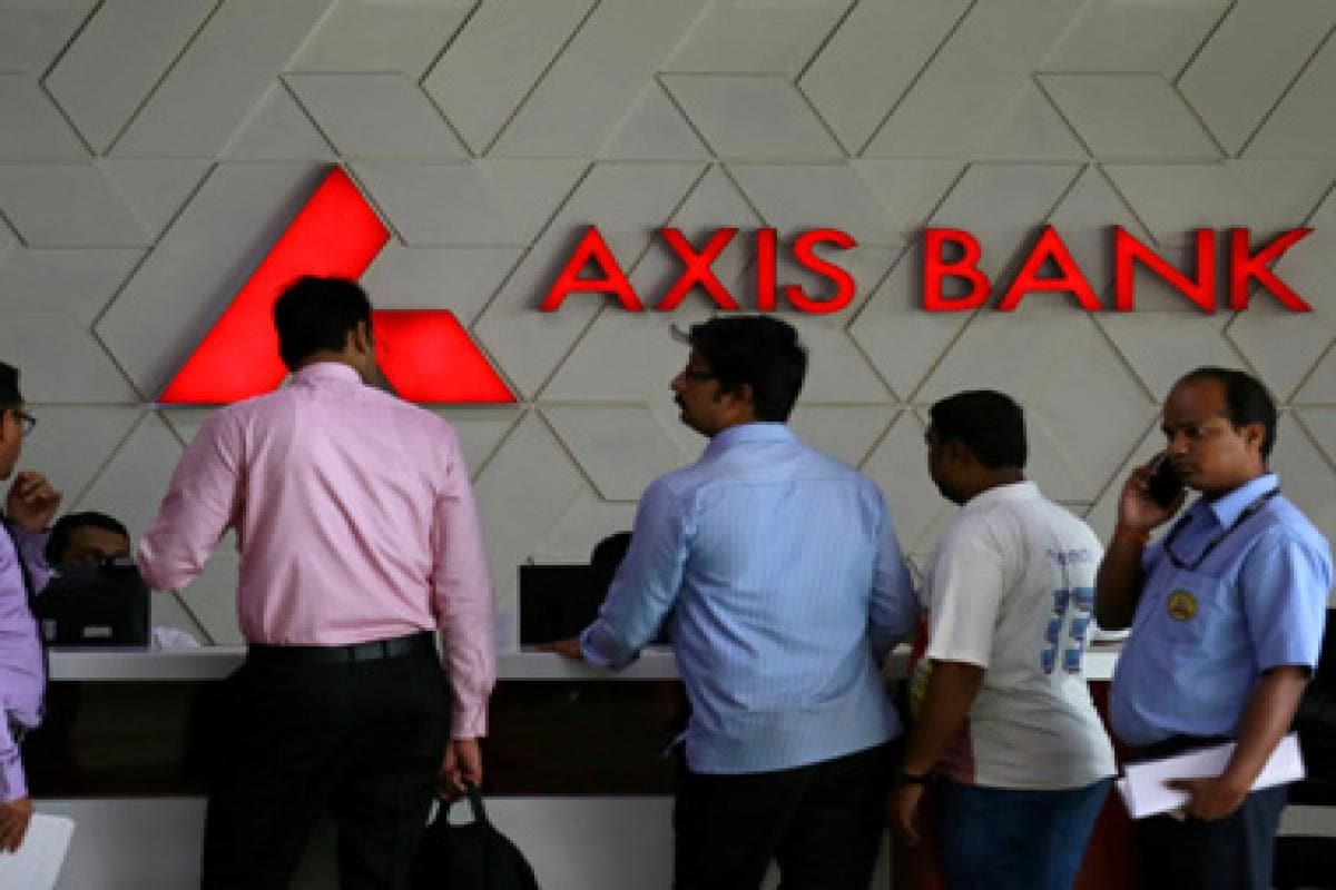 Axis Bank buys FreeCharge for Rs 385 cr: It's the right