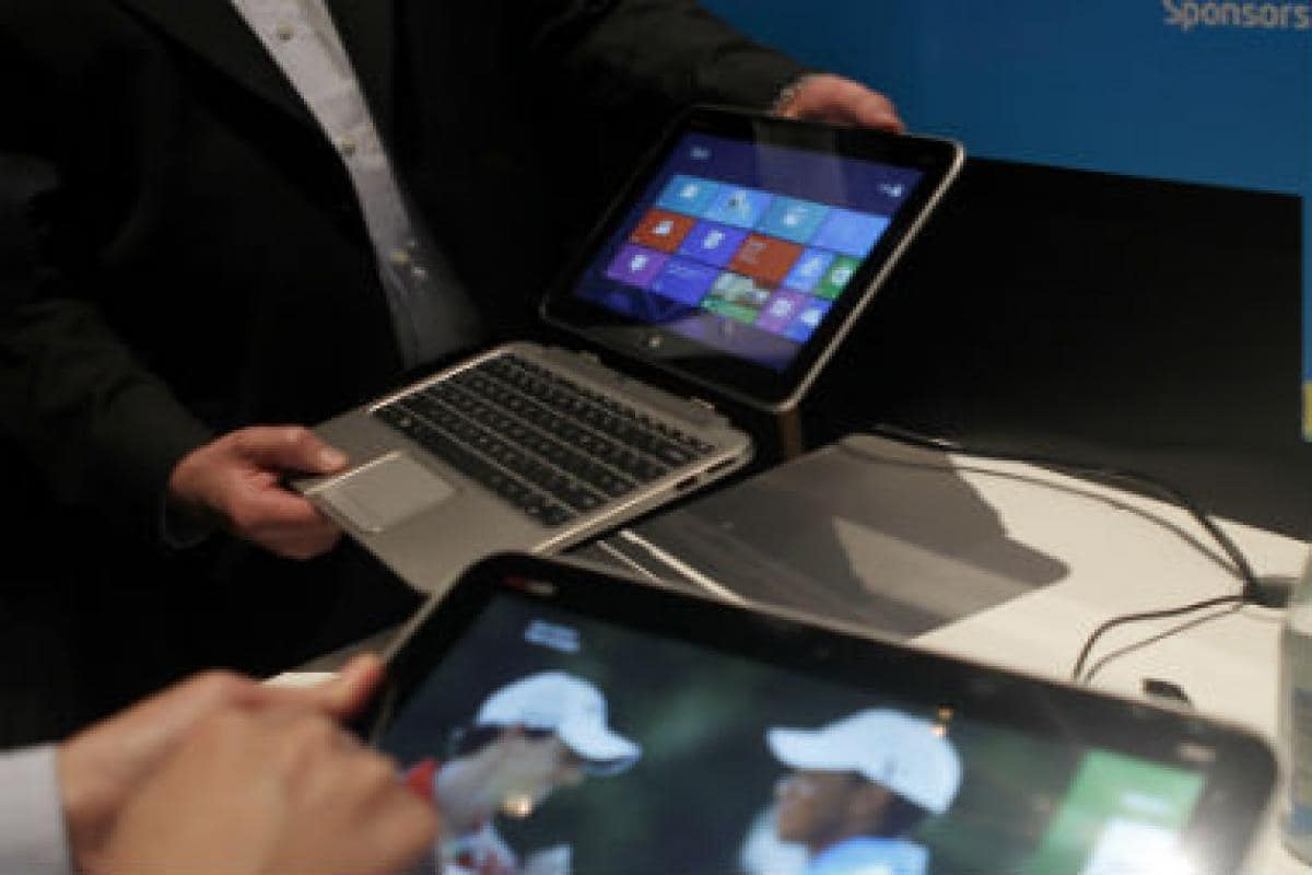 HP issues a global recall of laptop batteries sold between Dec 2015