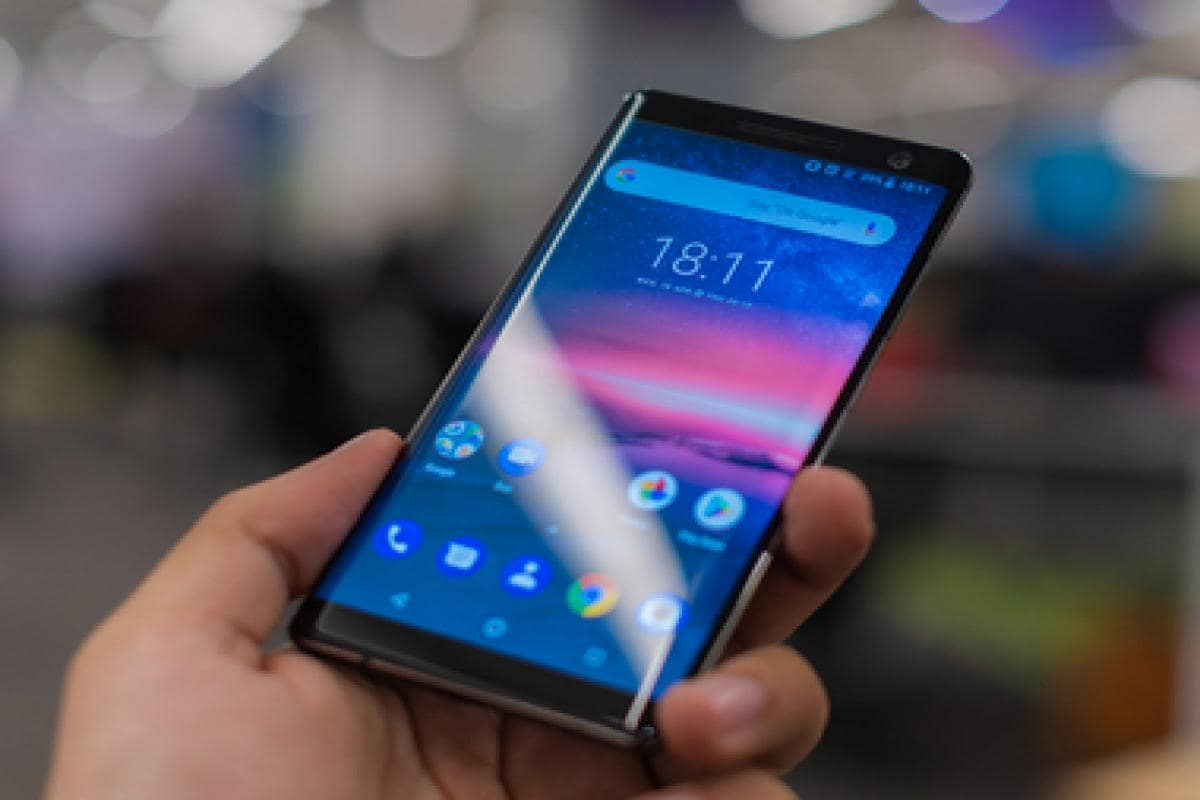 Nokia 8 Sirocco review: Good work Nokia, but buyers can skip this