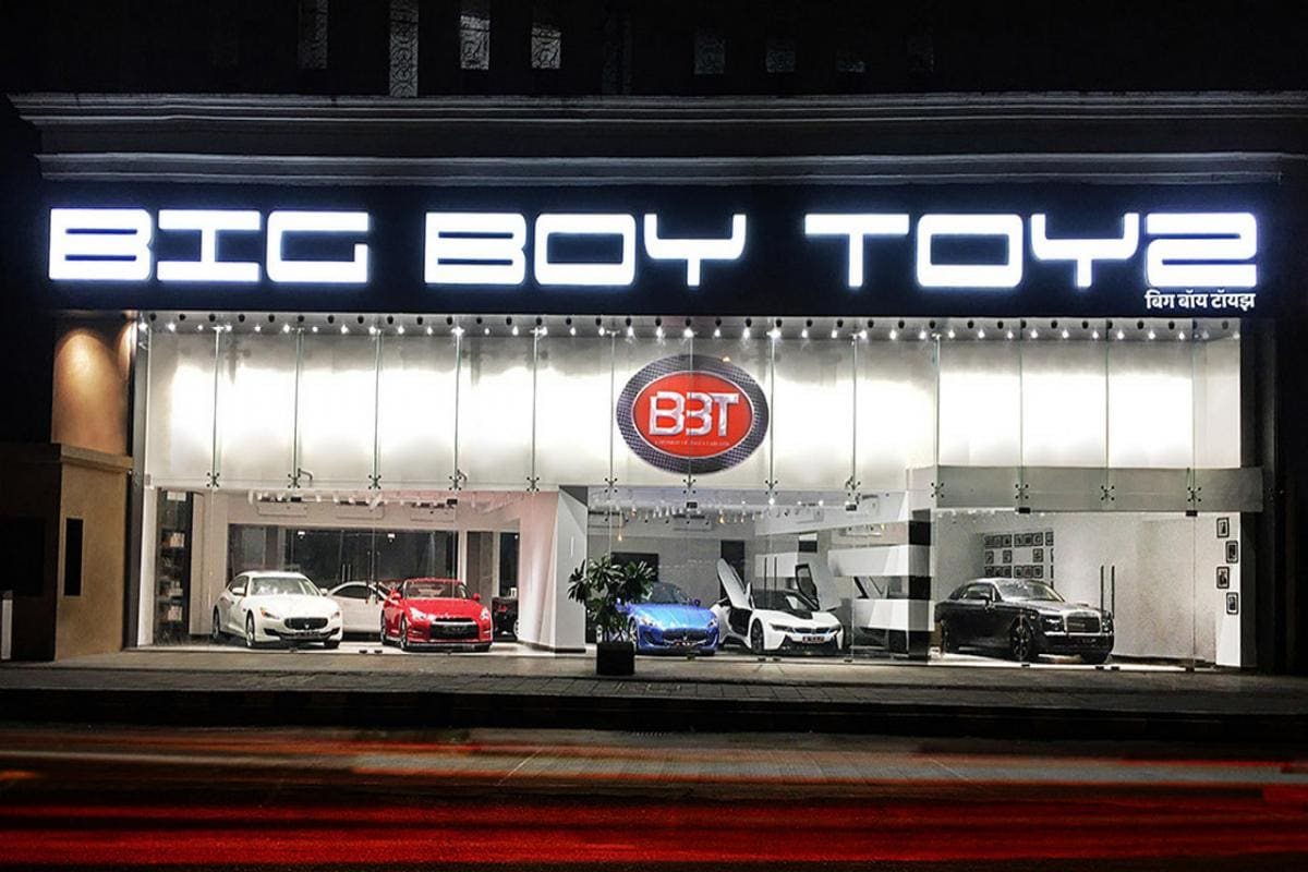 Big Boy Toyz A Pre Owned Luxury Vehicle Dealership Opens