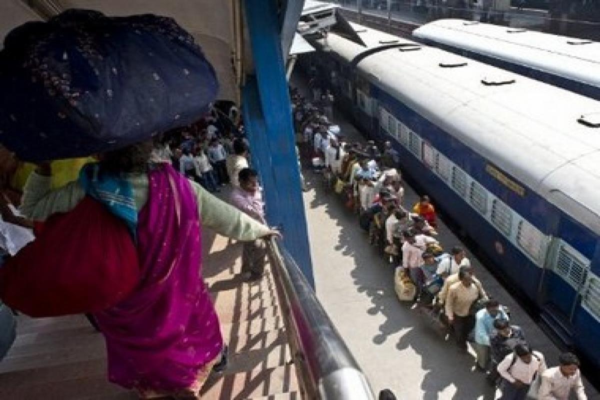 Tamil Nadu rail users' body accuses IRCTC of imposing Hindi