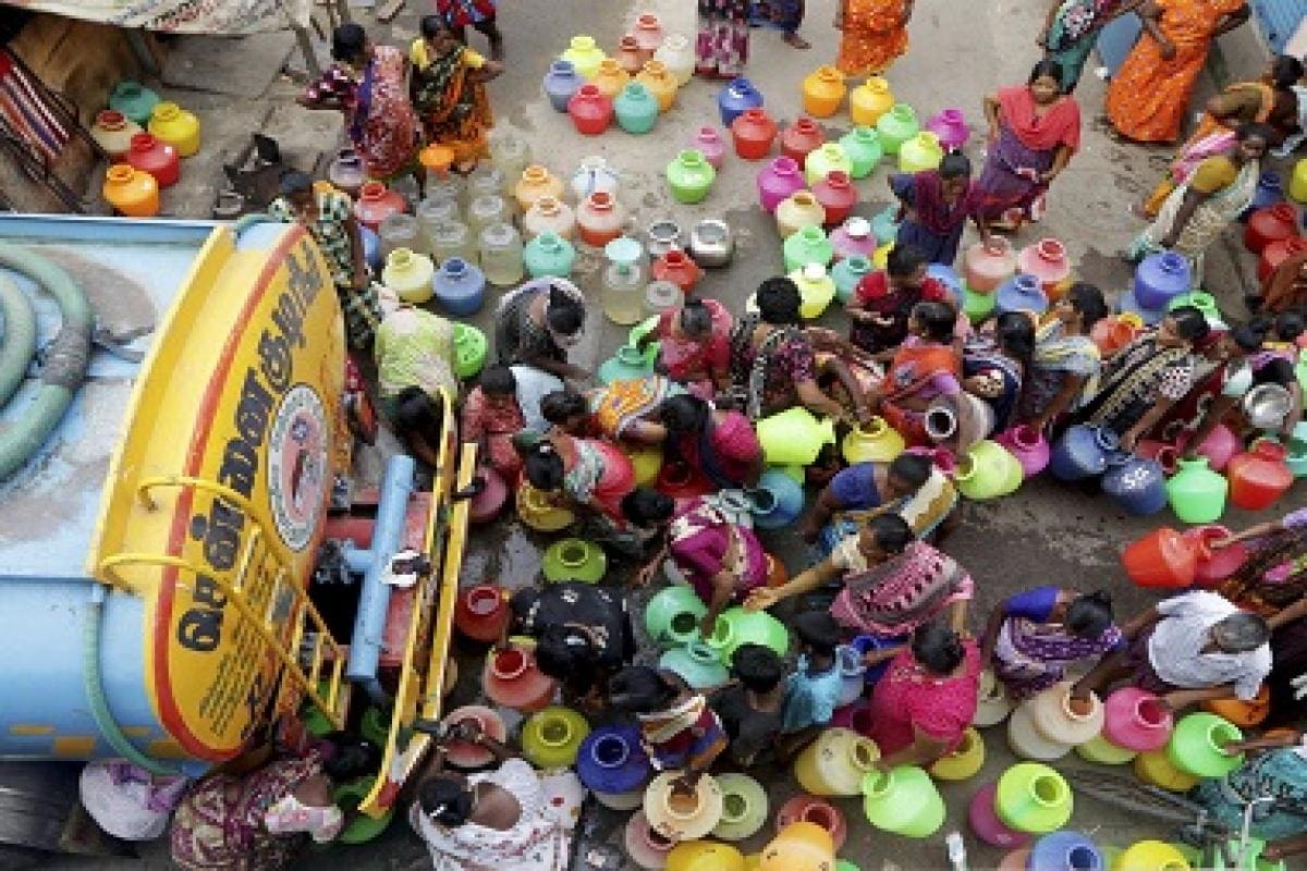 Chennai water crisis: Charges for tankers, borewells skyrocket