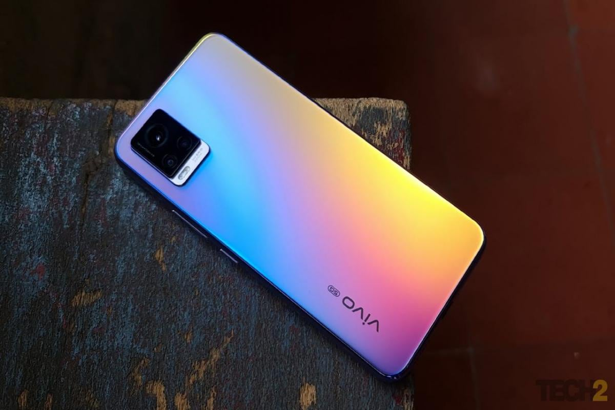 Vivo V20 Pro Review Hitting The Right Notes Tech Reviews Firstpost