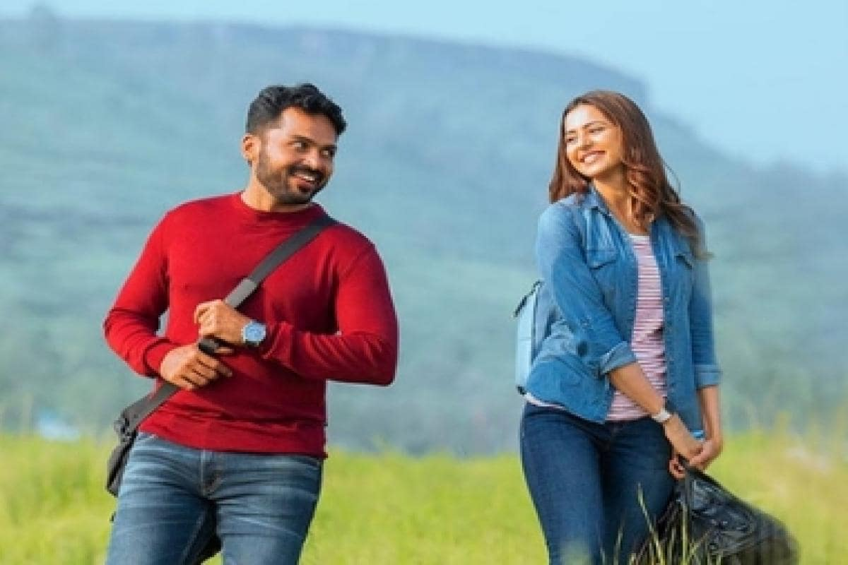 Karthi could bounce back from Dev drubbing with Kaithi, film