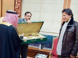 Between golden Kalashnikov and bankruptcy: Pakistan will benefit from Saudi aid, but will likely lose Iran in process