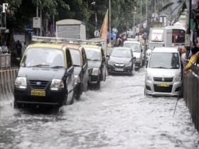 Watch: How Mumbai citizens deal with flooding year after year