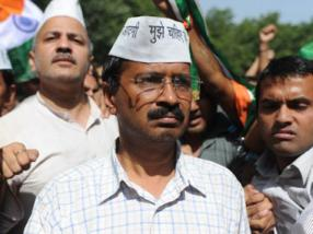 Youth who punched Kejriwal a school dropout, may not be AAP member