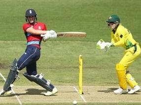 Women's T20I Tri-series: Natalie Sciver, Tamsin Beaumont's half-centuries power England to victory over Australia