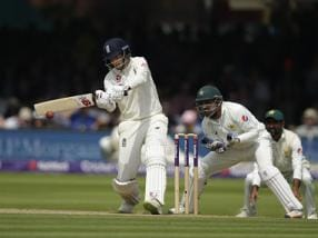 Highlights, England vs Pakistan, 2nd Test, Day 2 at Headingley, Full Cricket Score: Hosts build lead on rain-affected day