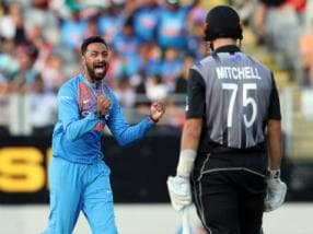 New Zealand umpire Shaun Haig 'feeling it' after Daryl Mitchell DRS howler in Auckland T20I against India