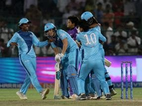 Women's T20 Challenge 2019: Harmanpreet Kaur's blistering fifty helps Supernovas beat Velocity by four wickets, clinch title
