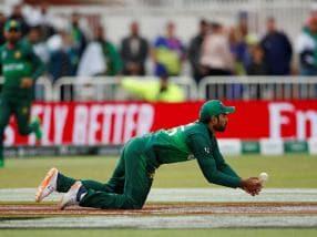 ICC Cricket World Cup 2019: Pakistan need to improve fielding ahead of India clash, says captain Sarfaraz Ahmed