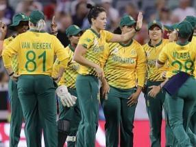 ICC Women's T20 World Cup 2020: Mignon du Preez, Dane van Niekerk seal South Africa's nervy victory over England