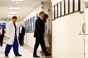 Florida school shooting: Donald Trump and wife Melania visit Parkland hospital to meet survivors