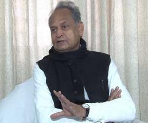 Karnataka polls: BS Yeddyurappa does not have the numbers, should resign before floor test, says Ashok Gehlot