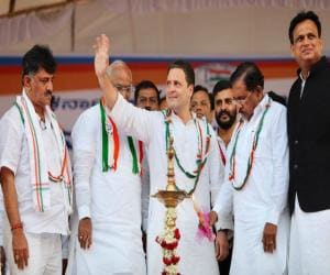 Rahul Gandhi addresses rally in Jewargi, meets professionals at Gulbarga; will conclude Karnataka trip today