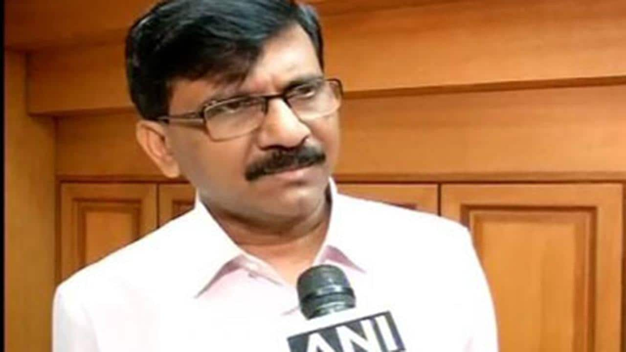 Sanjay Raut says Shiv Sena 'will neither be defeated, nor be afraid', wonders if BJP leaders kept Modi in dark over '50:50' formula - Firstpost