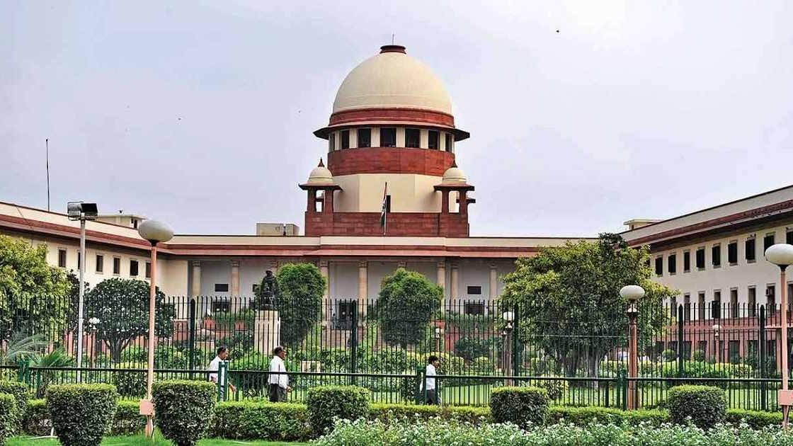 'Internet shutdowns can't be ordered to suppress speech': SC directs Jammu and Kashmir govt to review restrictive orders within seven days - Firstpost