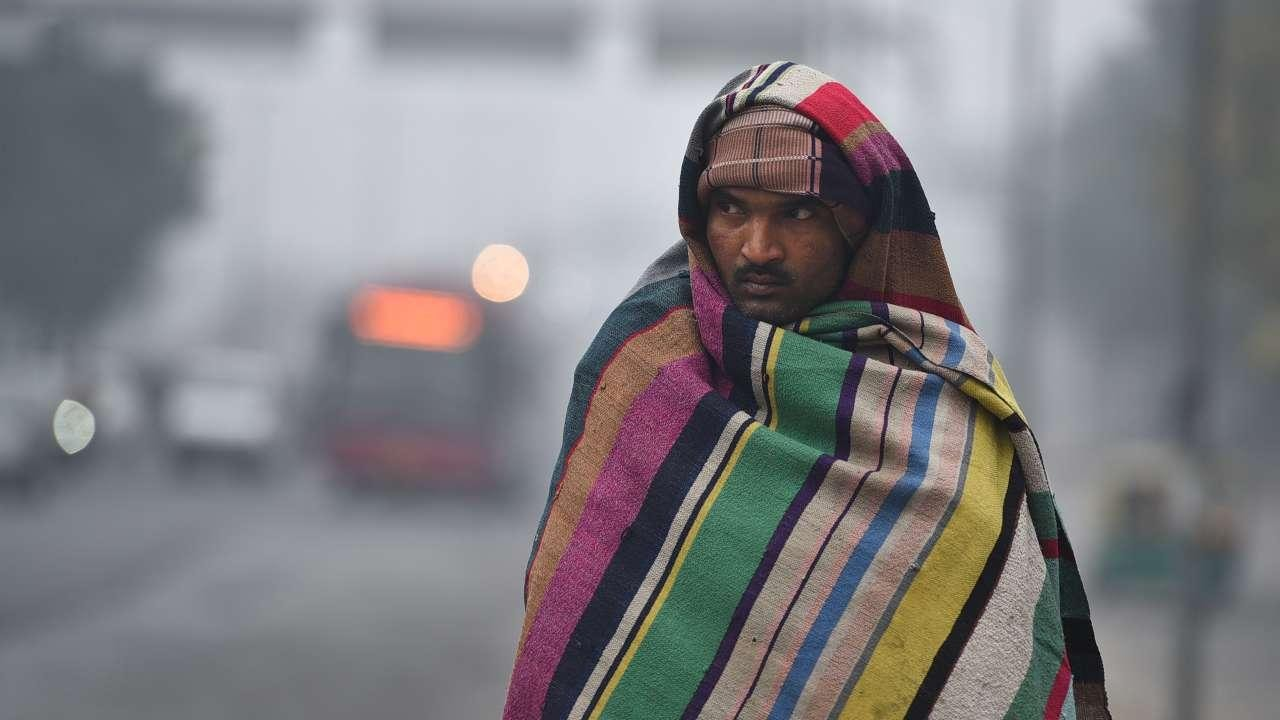 Cold weather persists in most of Punjab, Haryana; normal life affected after thick blanket of fog reduces visibility - Firstpost