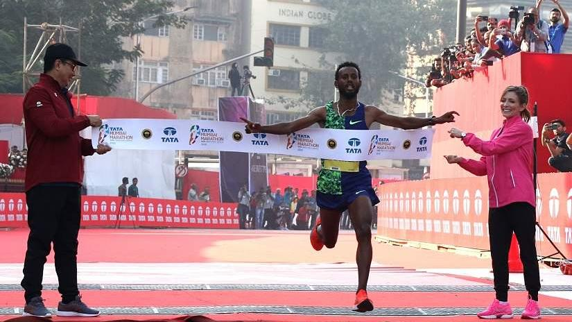 Mumbai Marathon 2020: Ethiopian runners, Nike Vaporfly shoes dominate as men's course record falls - Firstpost