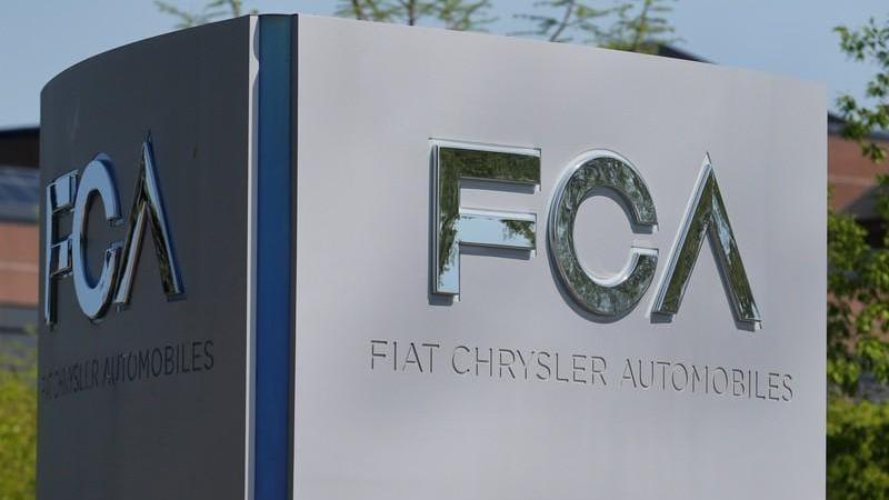 GM sues Fiat Chrysler, alleging union bribes cost it billions - Firstpost