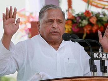 A phenomenon called Mulayam: In praising BJP, Samajwadi Party patriarch fights the last battle to save his legacy