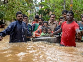Kerala rains: Toll climbs to 67 as flood worsens; red alert issued across the state; CM seeks Narendra Modi's intervention