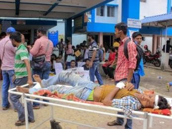 Doctors' strike: West Bengal already has laws to deter violence against medicos, Mamata-led govt needs to implement them