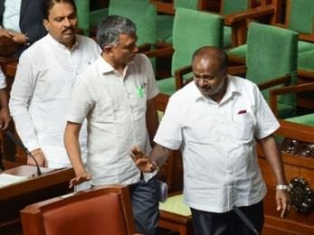 No Karnataka floor test till Monday: Speaker adjourns House on Day 2 of debate; HDK, Congress move SC over 17 July order