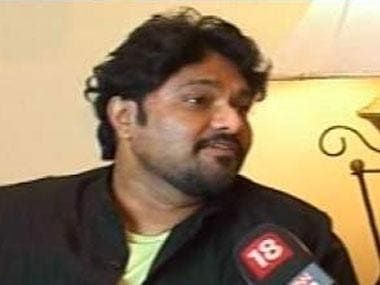 Babul Supriyo accuses Mamata Banerjee of protecting 'corrupt' in chit fund scams, demands Presidents's Rule in West Bengal