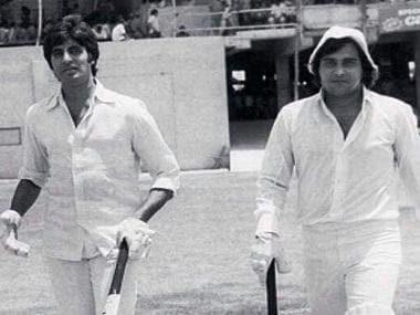 Vinod Khanna dies aged 70; co-star Amitabh Bachchan rushes to pay condolences