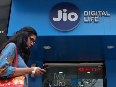 Softbank may invest $2-3 bn in Reliance Jio as Mukesh Ambani looks to deleverage business