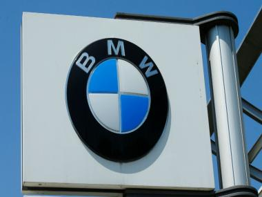 BMW hybrid cars to switch to electric-only mode in heavily polluted cities