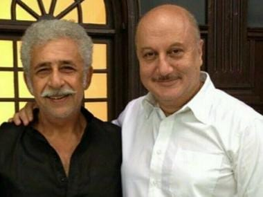 FTII alumni Naseeruddin Shah questions Chairman Anupam Kher's absence from premier film institute
