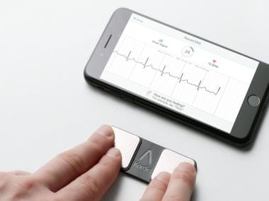 A smartphone app that can identify heart attacks with a simple sensor attachment