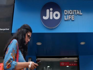 Reliance Jio to spin off company's fibre and tower assets to separate entities
