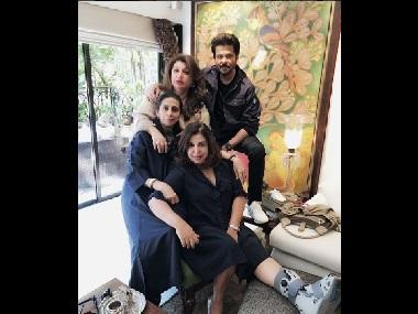 Farah Khan to continue shooting for Sunil Grover's show Kanpur Wale Khuranas despite leg injury