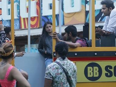 Bigg Boss 12, 5 December, Day 80 written updates: Surbhi, Rohit to contend for this week's captaincy
