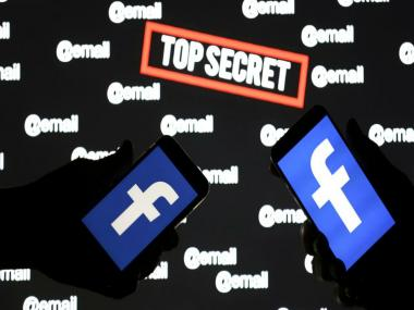 US govt reportedly forced Facebook to decrypt messages, court keeps this secret