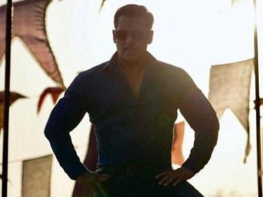 Salman Khan wraps Dabangg 3's Maheshwar schedule, shares photo dressed as Chulbul Pandey