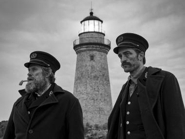 The Lighthouse review: Robert Pattinson, Willem Dafoe are caught between the devil and the deep sea