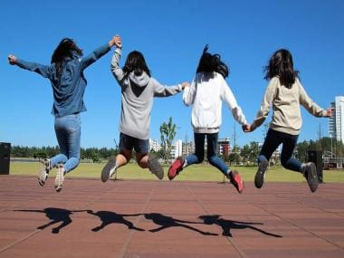 Strong connections at home and school might lead teens to become healthier adults: Study