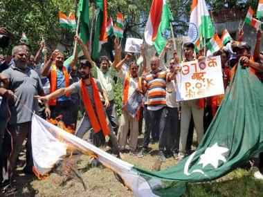 Jammu and Kashmir after Article 370: Security personnel enforce restrictions in parts of state; protesters detained in Kargil