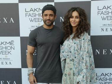 Farhan Akhtar, Shibani Dandekar to walk for designer Payal Singhal at Lakme Fashion Week 2019